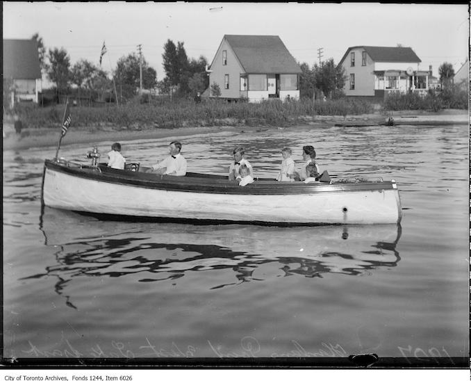 1907 - Hanlan's Point west waterfront