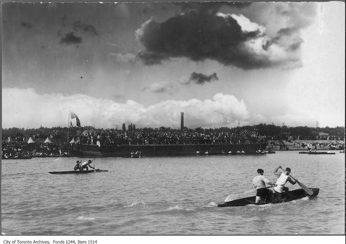 1909 - Aquatic sports in Humber Bay