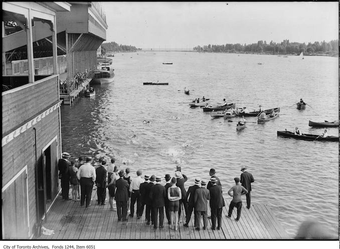 Vintage Boating Photographs From Toronto