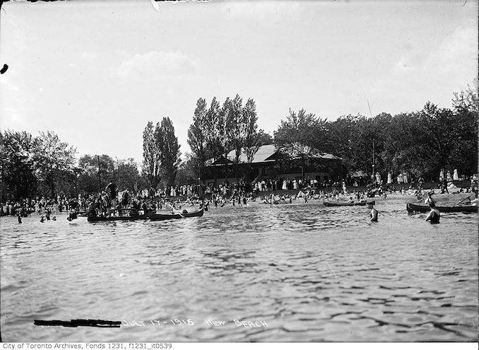 1915 - Kew Beach Bathing Pavilion