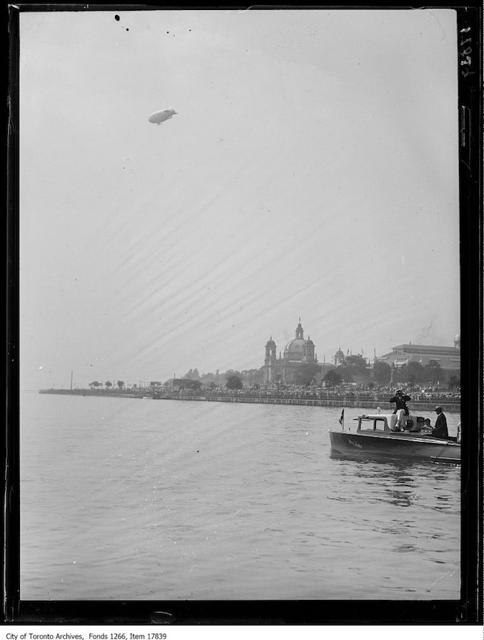 1929 - CNE, Goodyear blimp over lakefront