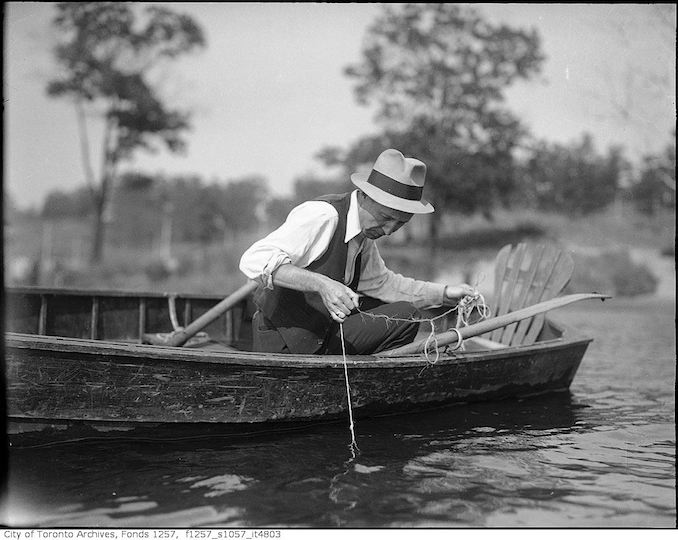 193? - Man in boat, fishing - vintage boating photographs