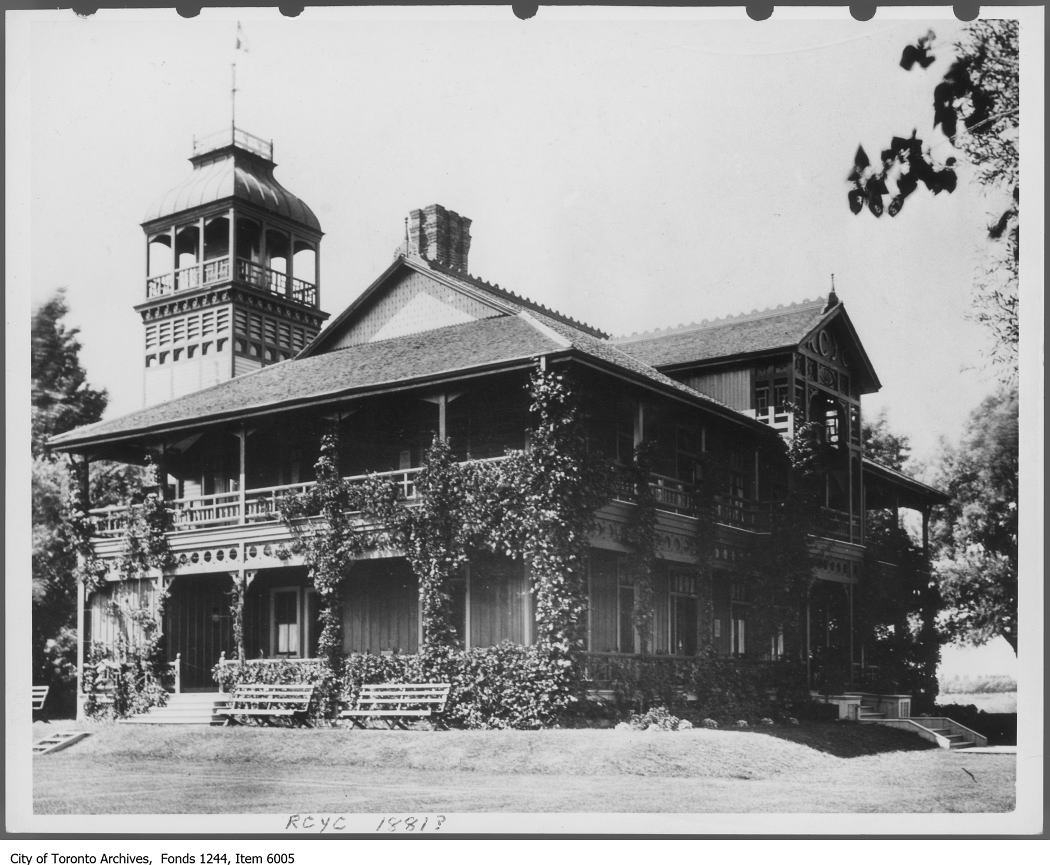 1881 - First RCYC clubhouse, Centre Island