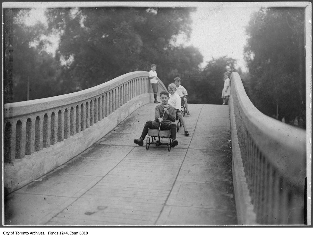 1911 - Bridge, Toronto Island