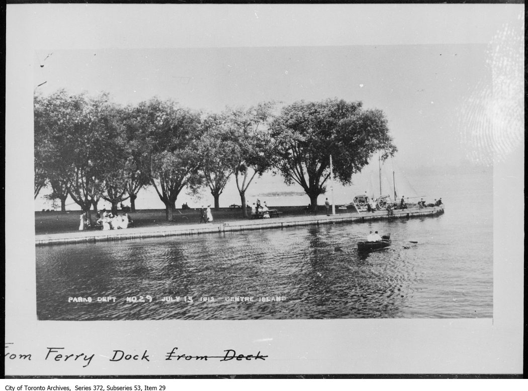 1912 - Centre Island from ferry dock