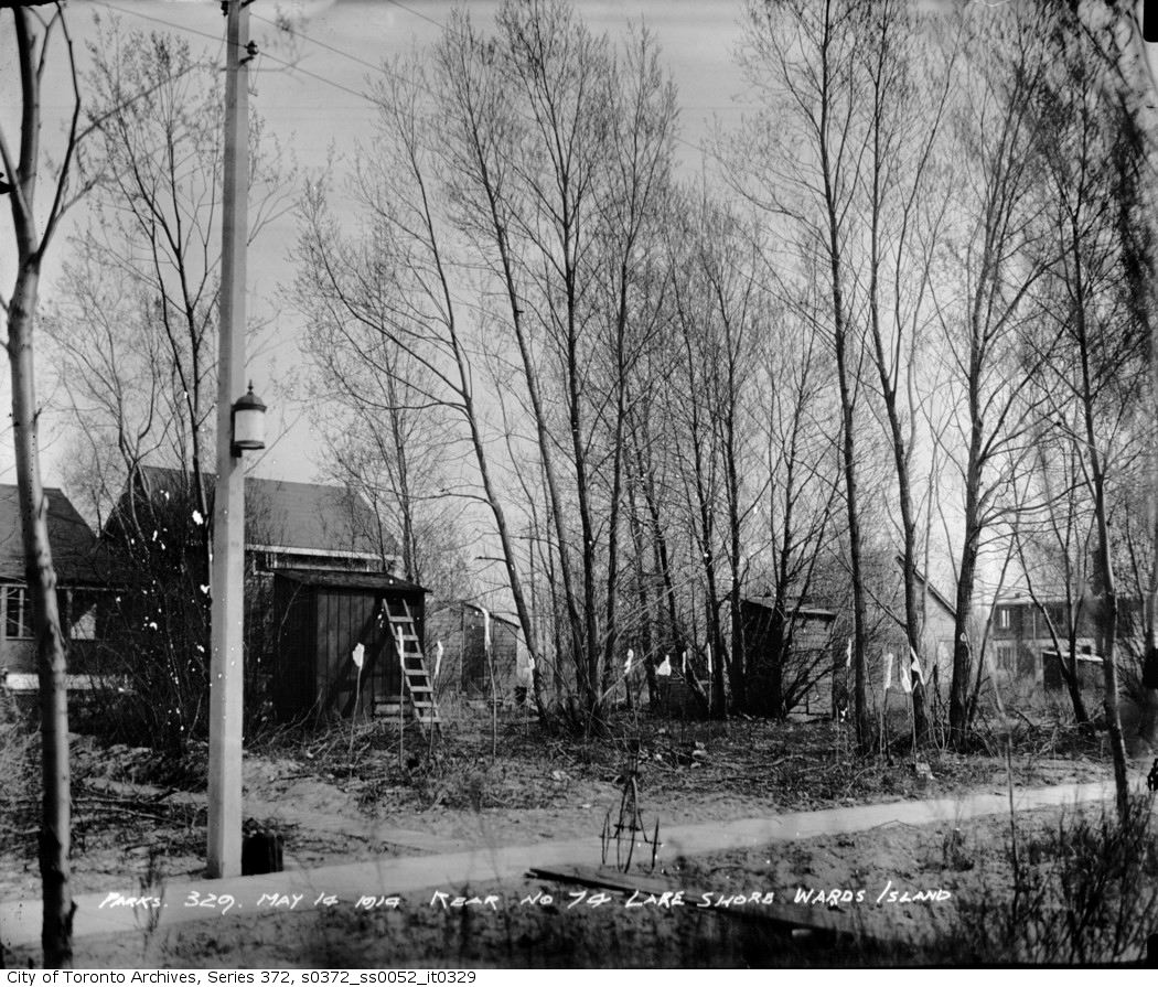 1914 - Ward's Island — rear 74 Lakeshore