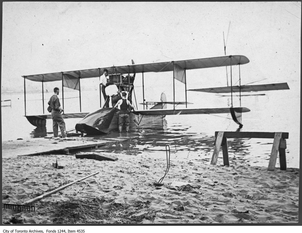 "1915 - Curtiss ""F"" flying boat, Toronto Island"