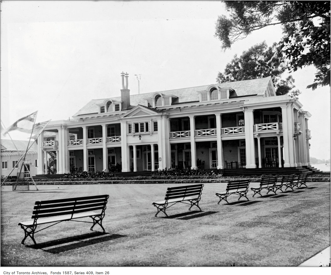 1921 - New Building, R.C.Y.C. on Island