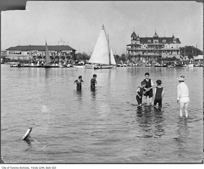 1907 - Hanlan's Point hotel and regatta vintage swimming