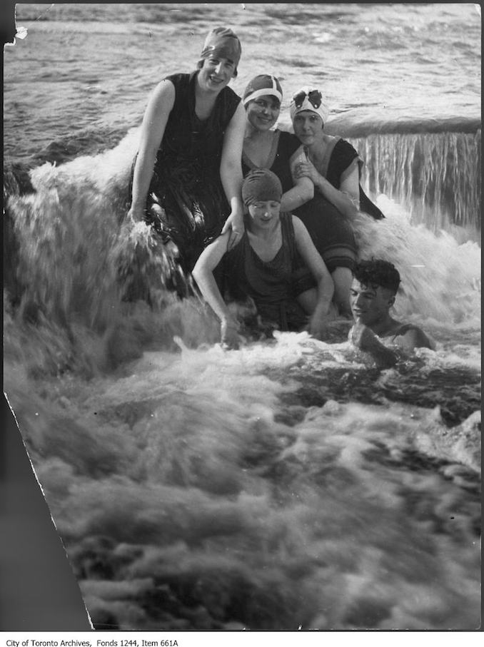 1910 - Swimmers on Humber River dam