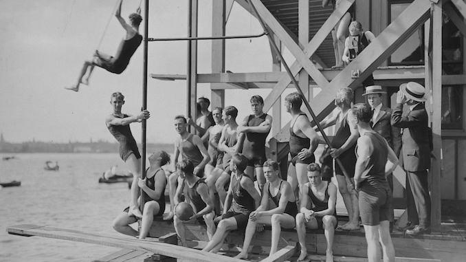 Toronto Swimming Club - vintage swimming photo