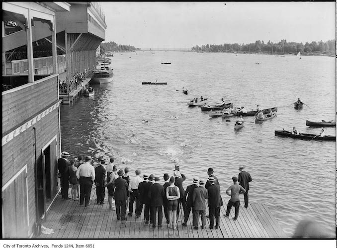 1914 - Swimming race, Toronto Island