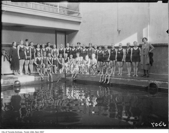 1925 - Toronto Ladies Swimming Club, group, Harrison Baths