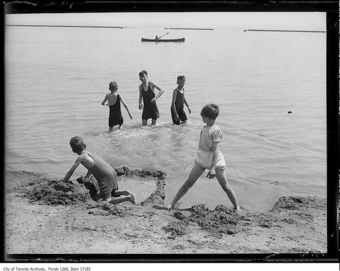 1929 - July - Sunnyside 4 boys and a girl