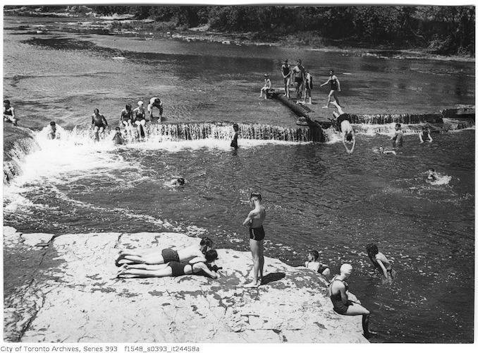 1935 - Humber River at Lambton - swimming