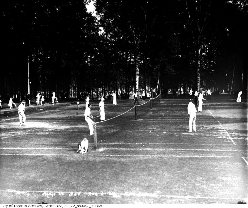 1914 - aug 2 - Kew Gardens — tennis