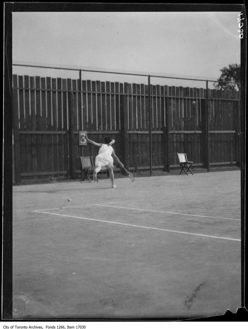 1929 - Toronto Cricket Club, Miss Beatrice Symons on tennis court