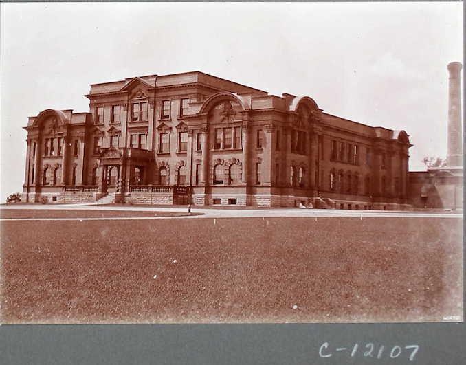 Album 16, Ontario 365-501 (1939-433) - Image 31