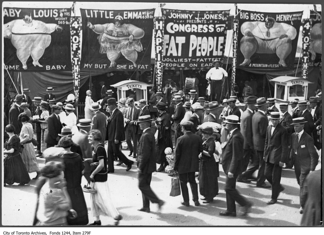1913 - Midway sideshow, CNE