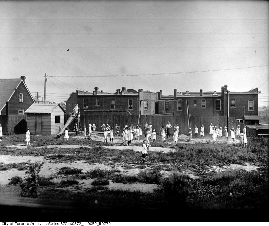 1919 - Roden School, 310 Ashdale Avenue — playground