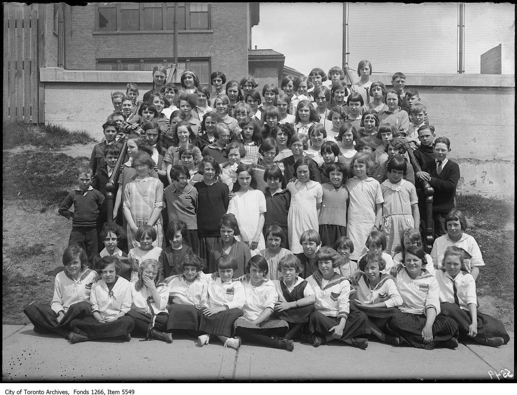 1925 - Hughes School choir group