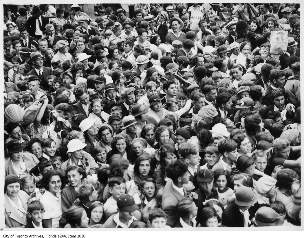 1926 - Entrance crowds at Grandstand, CNE
