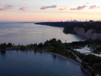 Bluffs from Toronto by Toronto photographer Francisco Silva
