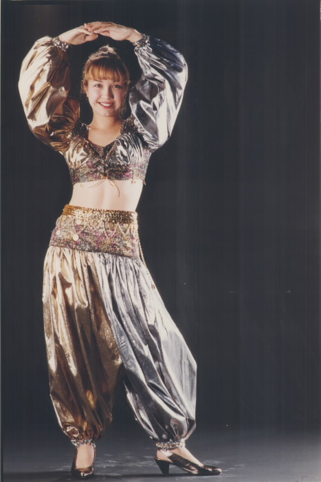 1992-jennfier-frotten-a-ryerson-fashion-student-won-third-place-with-her-genie-costume