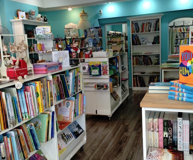 Ella Minnow Books