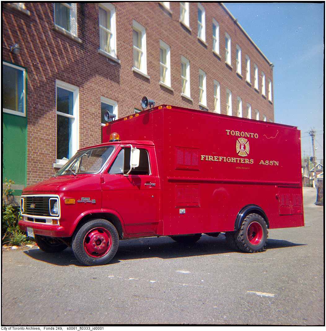 1980 - fire truck at No. 16 Fire Station