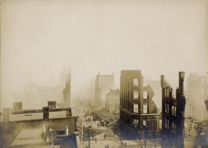 1904 - Bay St., looking s. from n. of Wellington St. W., Toronto, Ont.