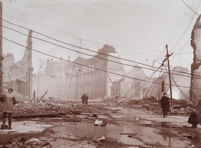 1904 - aftermath of fire, Front St. W., e. from Bay St