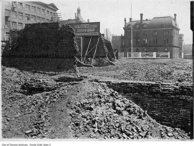 1906 - 1904 fire ruins, Front Street.