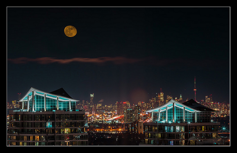 Toronto Moon by Sanjin Avdicevic