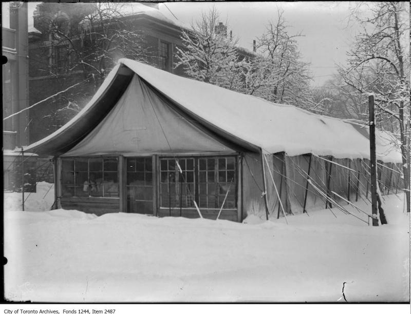 1909 - Western Hospital tent, west of Leonard Avenue
