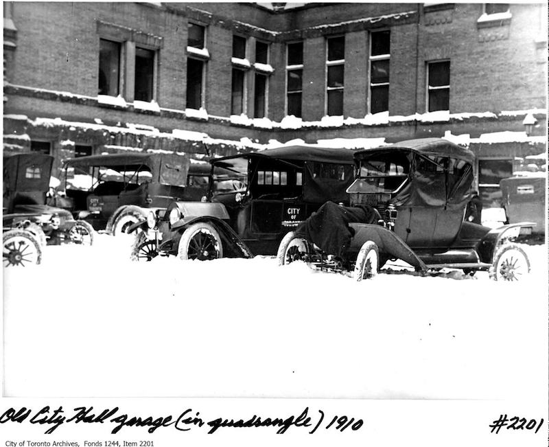 1910 - Parking in Old City Hall quadrangle
