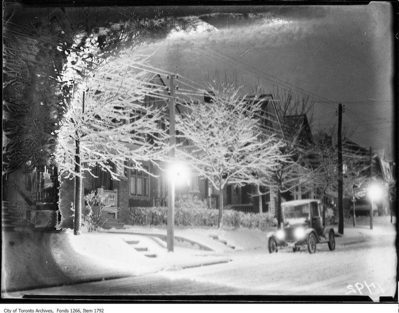 1923 - Dec 23 - First snowfall