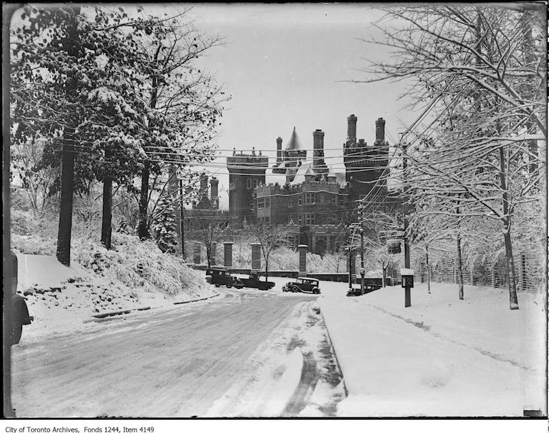 1936 - Casa Loma from the north
