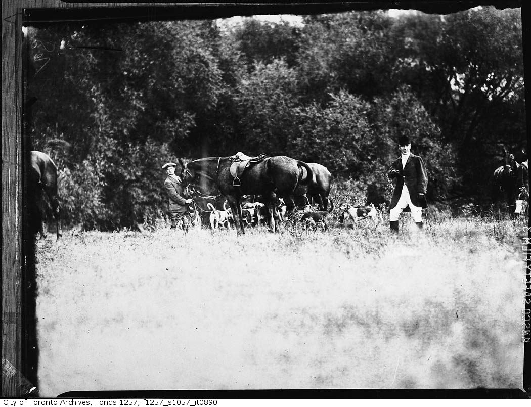 1920 - 1940 - Hunt Club 3