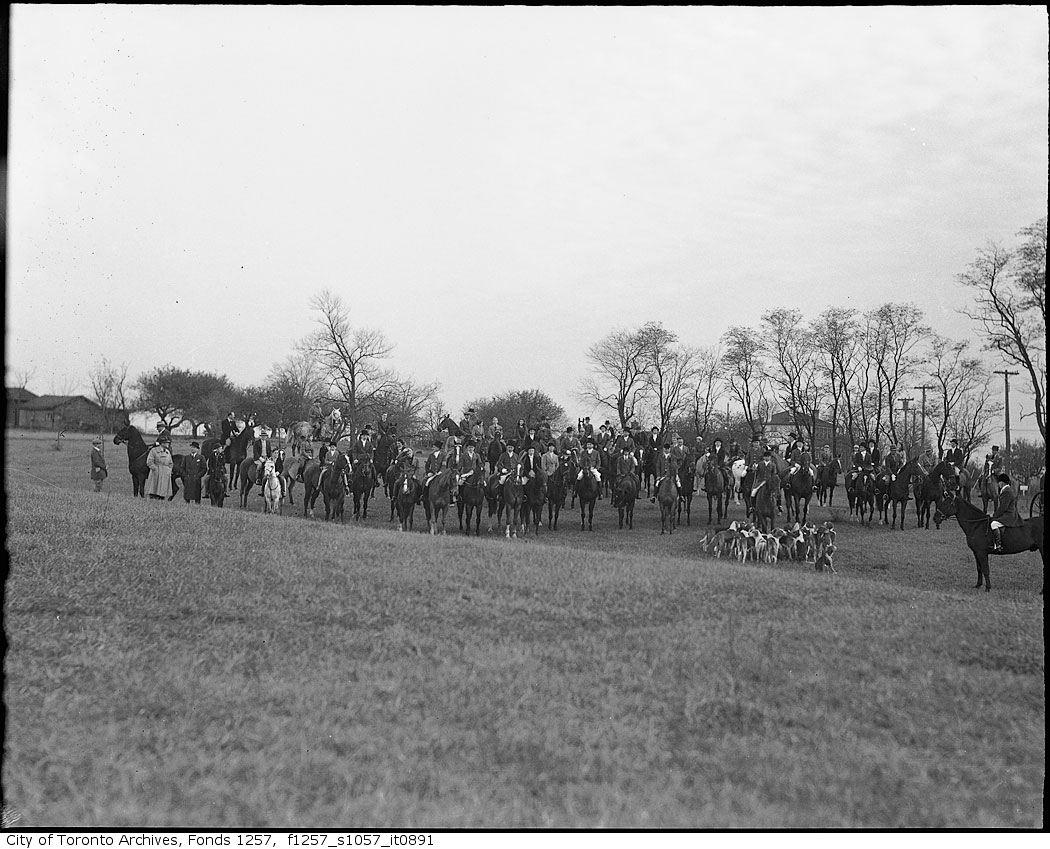 1920 - 1940 - Hunt Club 4