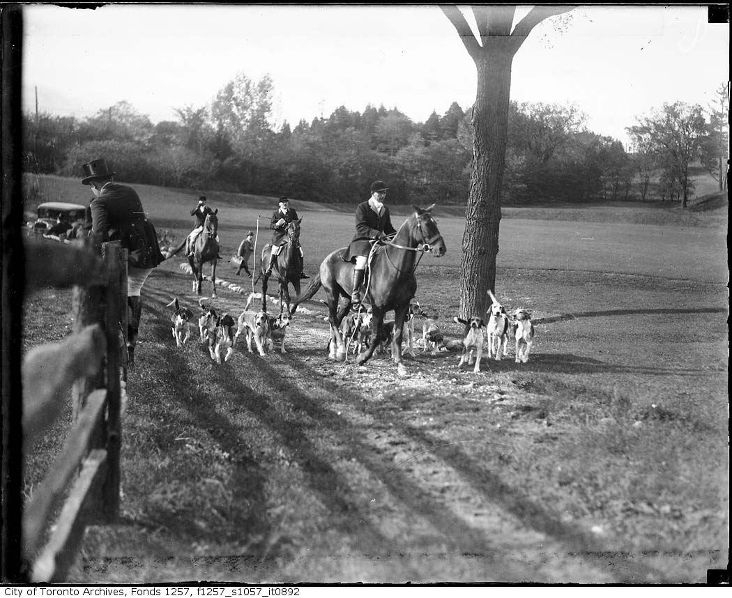 1920 - 1940 - Hunt Club 5