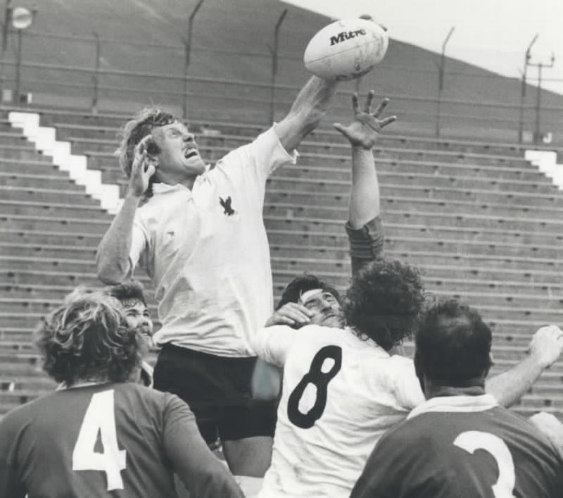 1979 - Rick Bailey of the U.S. team climbs over the scrum to grab a loose ball out of the air