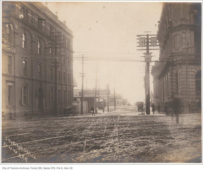 1903 - Yonge Street looking south