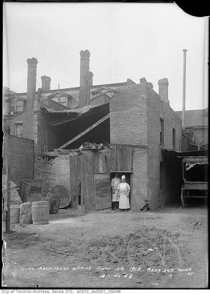 1923 - Rear of 309 Yonge Street
