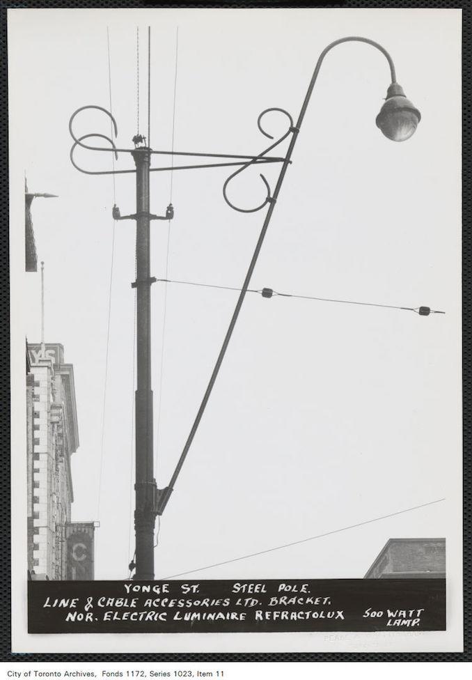 1940 - Street lamp, Yonge Street, steel pole