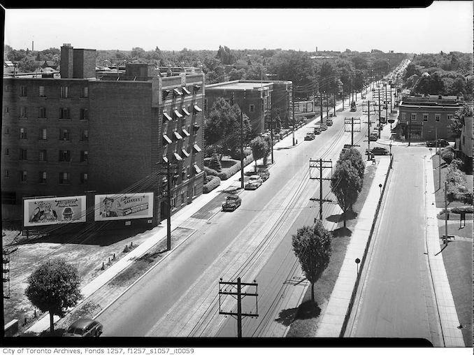 1940 - Yonge Street near Glenview Avenue and Glen Grove Avenue West