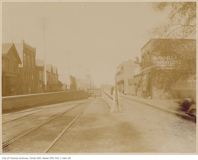 1890? - Queen Street subway looking west