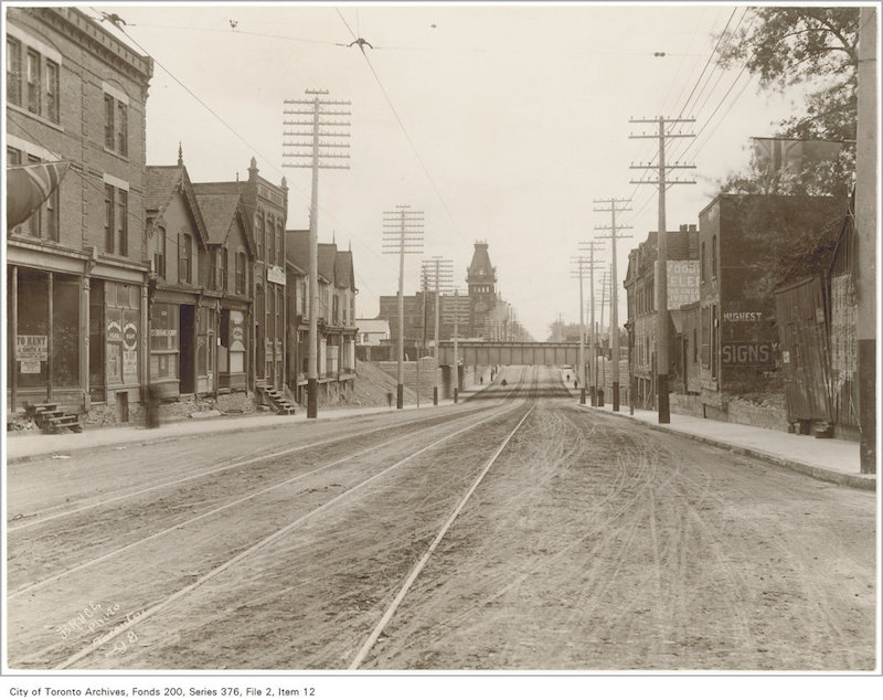 1898 - Queen Street subway looking east copy