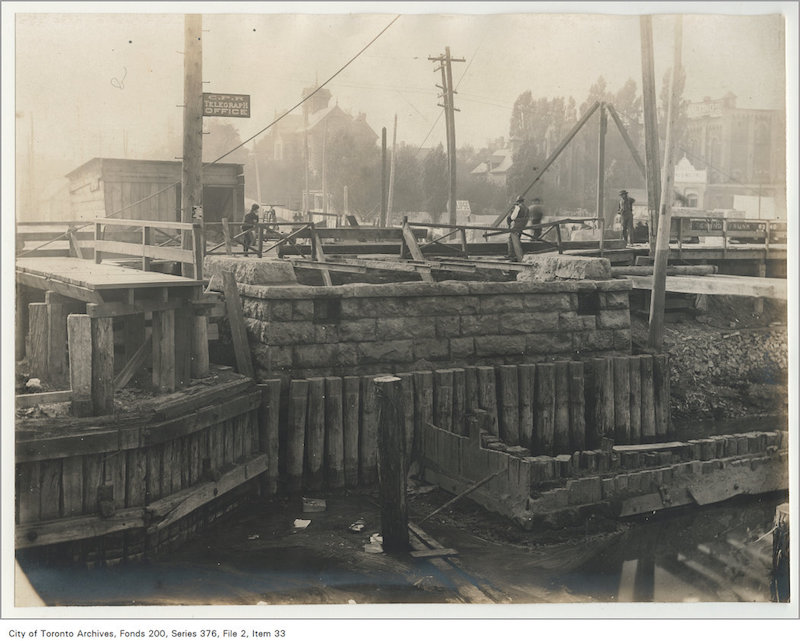 1899 - Oct 12 - Old west abutment Queen Street bridge Don