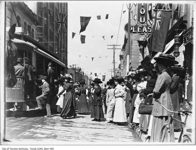 1908 - Yonge Street at Queen Street